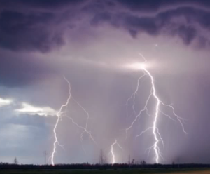lightning_strom
