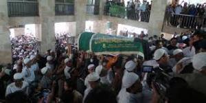 pemakaman_uje