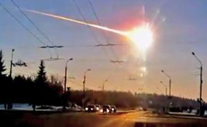 Meteor-jatuh-di-Rusia