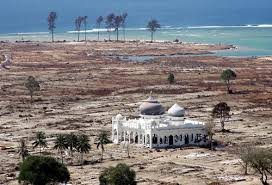masjid_2_utuh_tsunami_Aceh