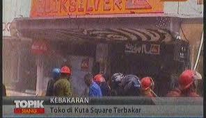 kuta_square_terbakar