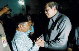 Presiden Temui Mbah Ronggo